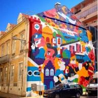 Mural de a.k.aCorleone e Hedof na Rua de São Bento, em Lisboa (Crédito: CtrlAltRUA)