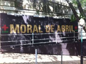 Painel do artista Miguel Januário (a.k.a MaisMenos) na Calçada da Glória (FacebookGAU)