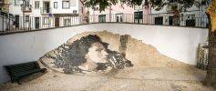 """""""Calçada"""" - Retrato de Amália Rodrigues, concebido por Alexandre Farto (a.k.a Vhils), em Alfama (Crédito: José Vicente)"""
