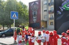 Os miúdos em visita à Quinta do Mocho (facebook/ O Bairro i o Mundo)