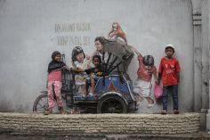 Intervenção de Ernest Zacharevic em Medan (Crédito: Ernest Zacharevic)