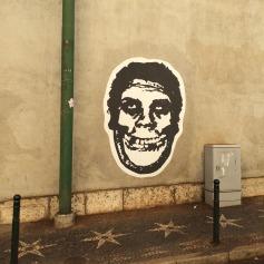 Pasteup de Obey nas ruas deLisboa (Crédito: Ctrl+Alt+RUA)