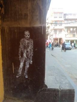 """""""Kurt"""". Pasteup de Sadhu-X em Katmandu (crédito: adityaayral)"""