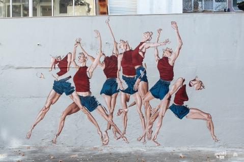 Mural da artista Sara Morais inspirado no movimento de uma bailarina do grupo Quorum Ballet (Crédito: Daniel Sanches)