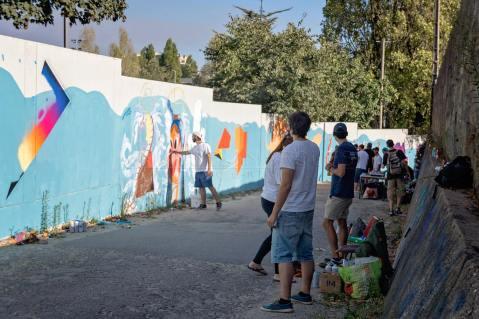 Mural coletivo na Escola Secundária Augusto Gomes (Crédito: Divulgação/Facebook)