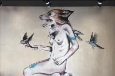 """""""Her heart was wild, don't want to catch it"""". Trabalho particular em bar de Lisboa (crédito: divulgação/facebook)"""