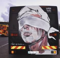 Autocarro pintado dentro do festival Loures Arte Pública (crédito: divulgação/facebook)